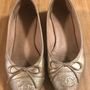 Authentic Chanel Gold  leather ballet shoes.
